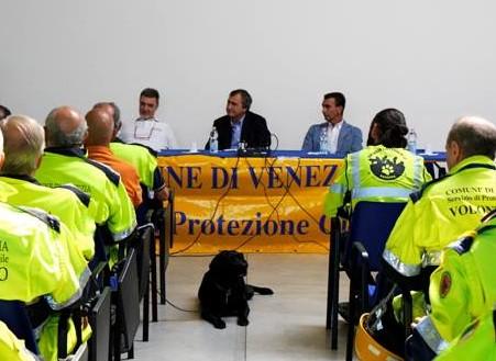 Brugnaro e D'Este incontrano Discoverydogs